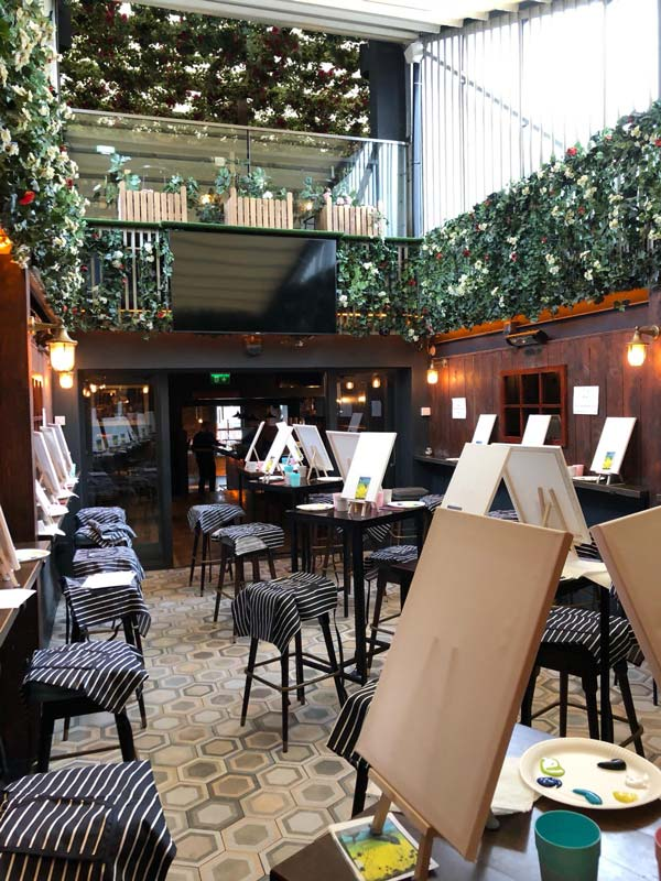 paint-and-prosecco-event-17